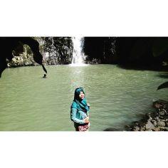 Instagram media deviindhanazulfa - Yuhhhuuu  my trip my adventure :*
